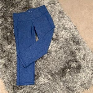 Old Navy Cropped Workout Leggings